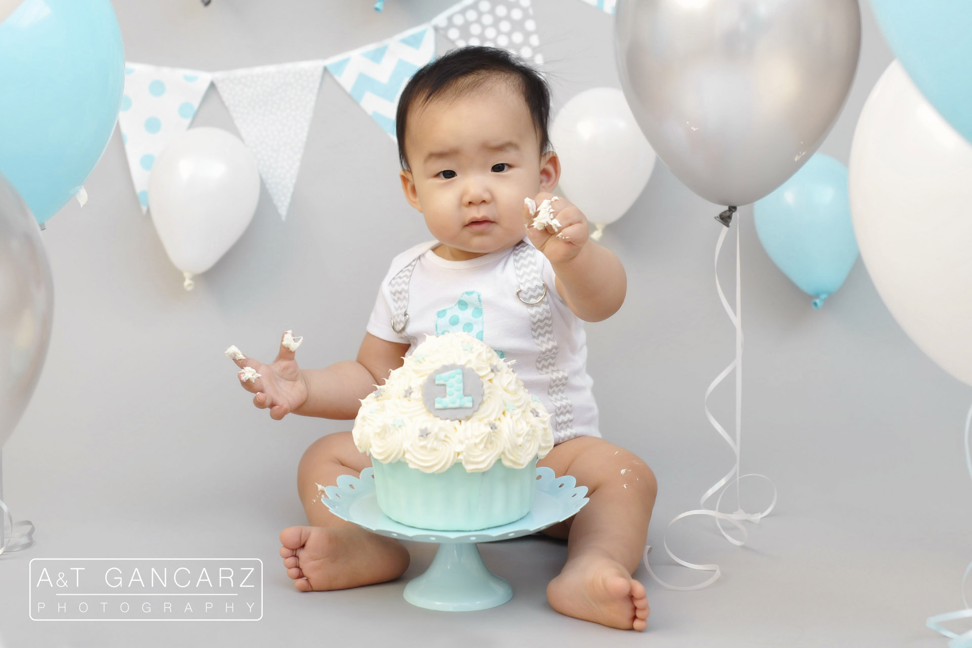 What Is A Cake Smash Photo Shoot
